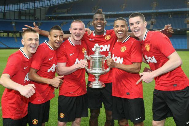 Pogba đã trở về mái nhà xưa Old Trafford với mức giá kỷ lục 89 triệu Bảng