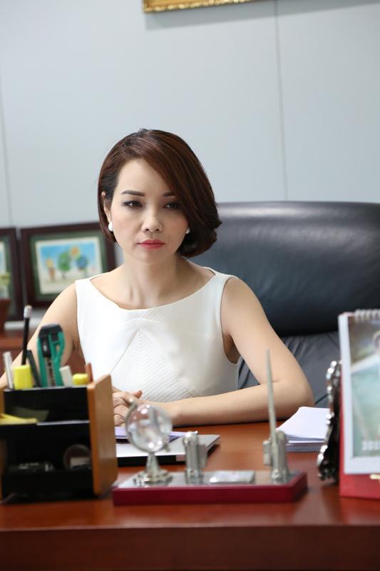 Hình ảnh Mai Thu Huyền trong phim Những ngọn nến trong đêm P2.