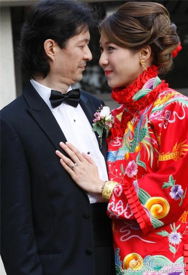 Nàng Hoa đán TVB và chồng trong đám cưới tại Vancouver