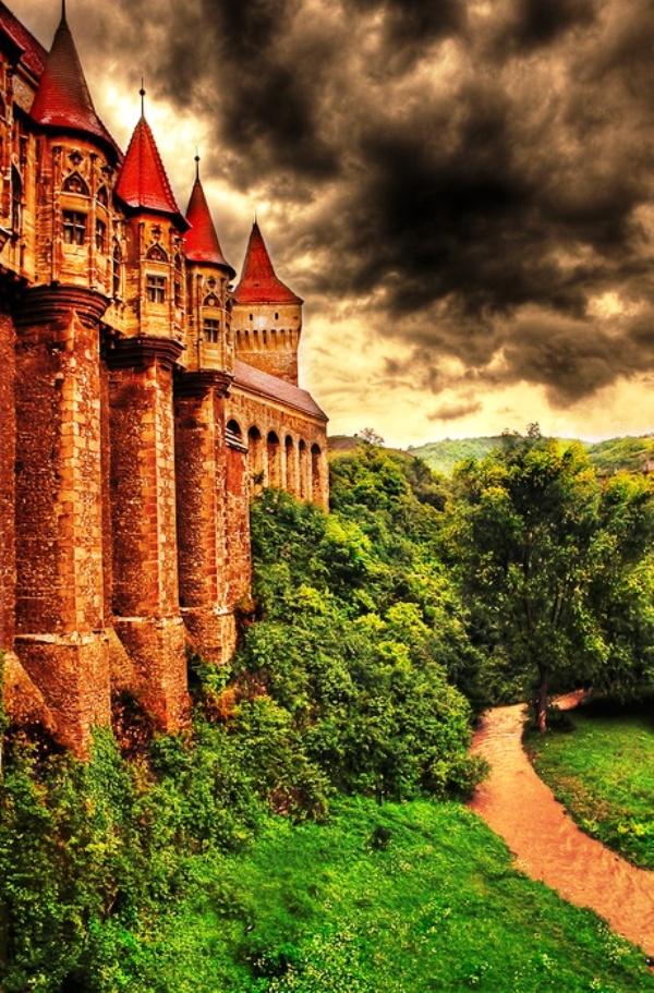 Lâu đài Hunyad, Transylvania, Romania