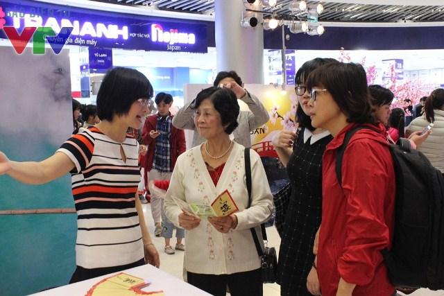 Trong hai ngày 5 và 6/3, Đài truyền hình TBS Nhật Bản và VTV hợp tác tổ chức sự kiện Sắc màu Nhật Bản nhằm đưa công chúng Việt Nam gần hơn với văn hóa và con người Nhật Bản