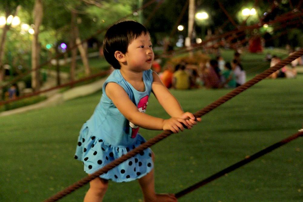Không chỉ được tận hưởng không gian rộng thoáng, các em còn được trải nghiệm nhiều hoạt động vui chơi bổ ích, lành mạnh