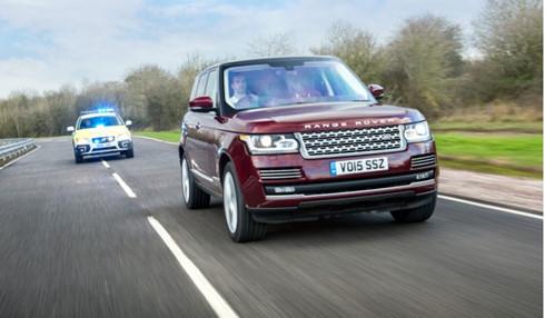 Jaguar Land Rover đang nghiên cứu công nghệ xe tự lái tốt hơn trong tương lai
