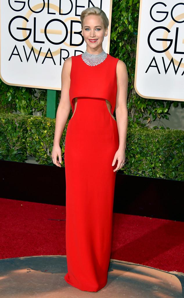 Trong khi đó, Jennifer Lawrence trung thành với Dior, một trong những thương hiệu thời trang yêu thích nhất của nữ diễn viên này.