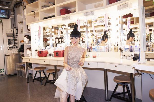 Jessica Minh Anh biến con tàu khổng lồ AIDAluna thành sàn diễn thời trang - Ảnh 7.