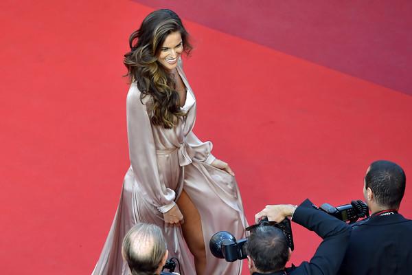 Người mẫu Brasil Izabel Goulart.
