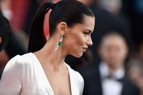 Cô luôn là gương mặt ít khi thiếu trên thảm đỏ các kỳ LHP Cannes.