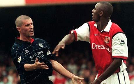 Roy Keane và Patrick Vieira từng xô xát nảy lửa trong đường hầm sân Highbury