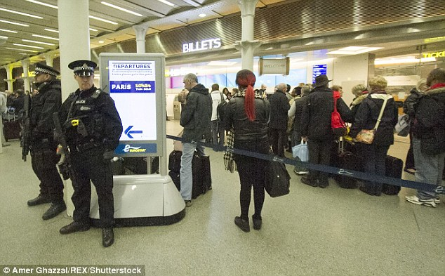 Sân bay là một trong những địa điểm được tăng cường an ninh cao nhất sau vụ nổ ở sân bay Zaventem, Bỉ