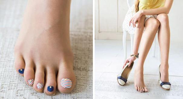 Tất mỏng với màu da chân khiến bạn tự tin diện trong mọi tình huống