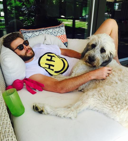 Bức ảnh của Liam được Miley chia sẻ trên trang mạng xã hội Instagram của cô.
