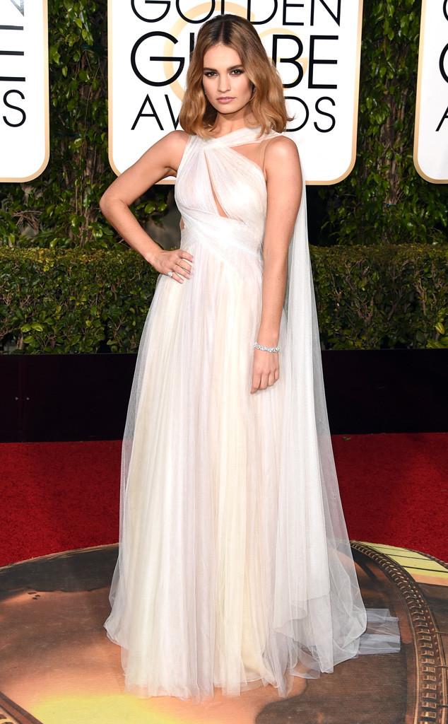 Lily James diện đầm trắng của Marchesa.