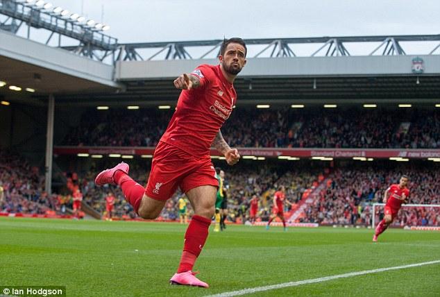 Liverpool có ít nhất 2 cầu thủ hiện dính chấn thương liên quan tới đầu gối.