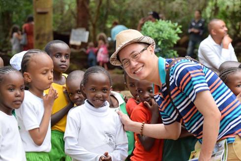 MC Lê Anh tại Kenya - Đông Phi