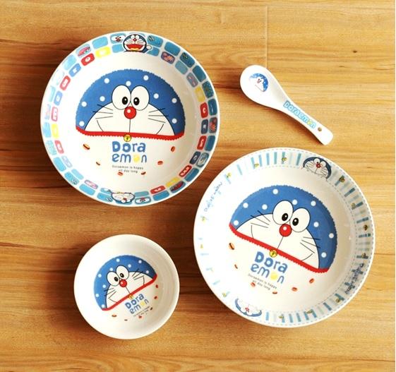 Những đĩa ăn Doraemon xinh xắn bằng nhựa melamine.