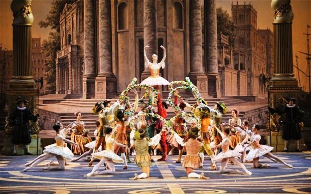 Đây là nơi thường xuyên diễn ra các buổi biểu diễn những tác phẩm nghệ thuật kinh điển của văn hóa Nga và thế giới. Ảnh: Marc Haegeman