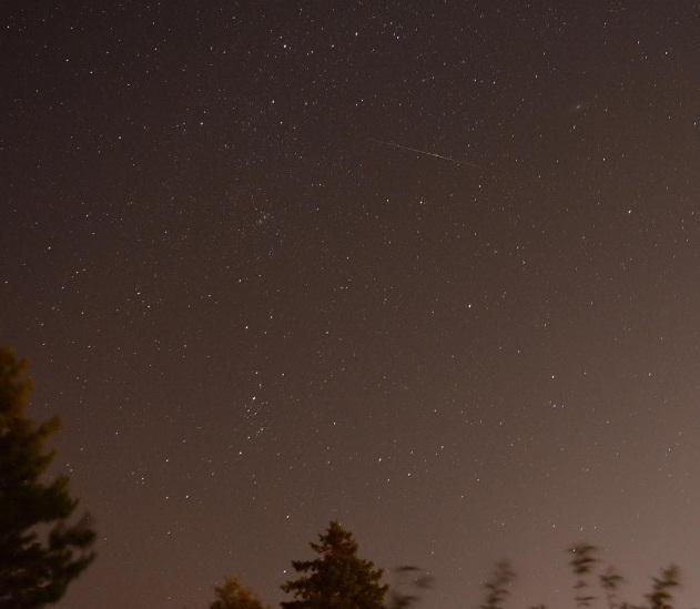 Một bức ảnh được người dân Canada chụp lại vào đêm 11/8 (theo giờ địa phương).