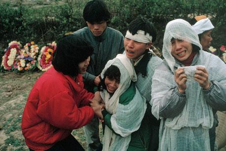 Hà Nội, 1989: Một lễ tang