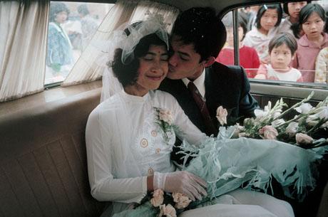 """Hà Nội, 1989: Một hôn lễ thuộc hạng """"sang"""" trong thành phố thời bấy giờ"""