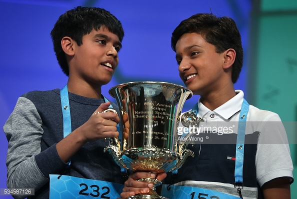 Nihar và Jairam là đồng quán quân cuộc thi đánh vần khó nhất nước Mỹ 2016.