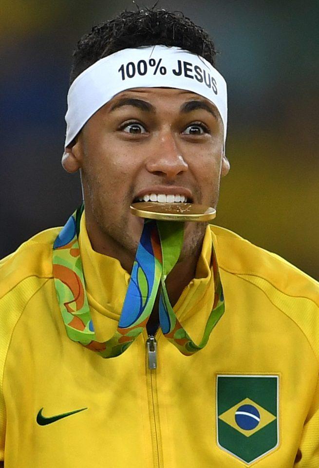Cậu bé vàng Neymar thuở nào cuối cùng cũng giành Vàng cho Brazil