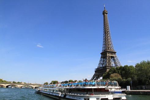 Pháp tăng cường an ninh tại các điểm du lịch - Ảnh 3.