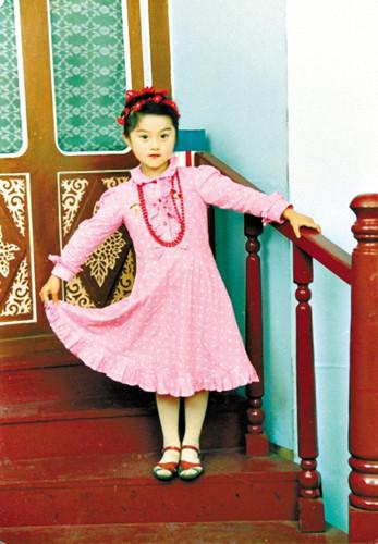 Vẻ điệu đà, nữ tính của Phạm Băng Băng ngày bé.