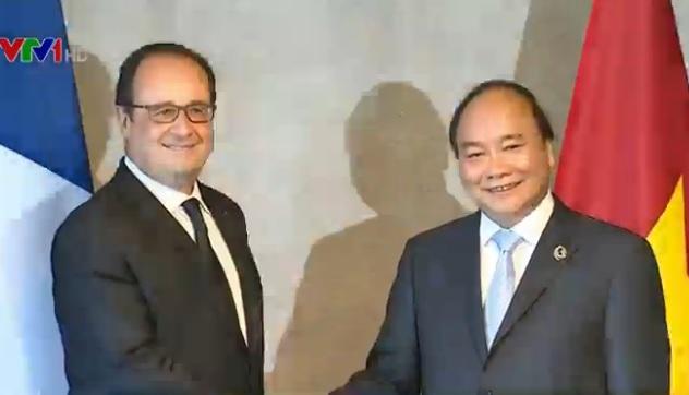 Thủ tướng Nguyễn Xuân Phúc và Tổng thống Pháp Francois Holland