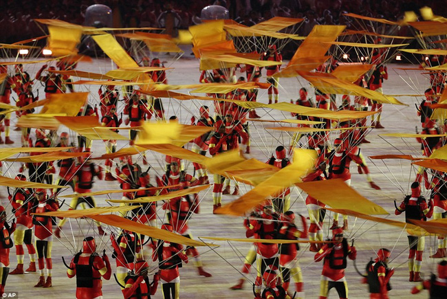 Không khí lễ hội đậm chất Brazil đã bắt đầu...
