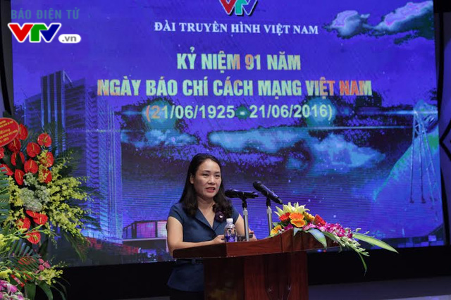 Nhà báo Tạ Bích Loan - Trưởng ban Thanh thiếu niên