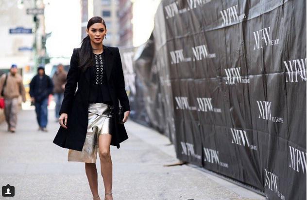 Người đẹp Philippines với phong cách đường phố thanh lịch, trẻ trung ở New York.