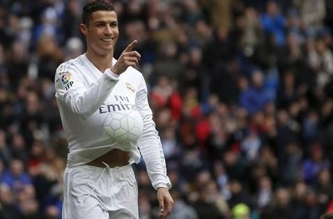 Ronaldo từng ăn mừng theo kiểu bụng bầu trong trận đại thắng Celta Vigo.