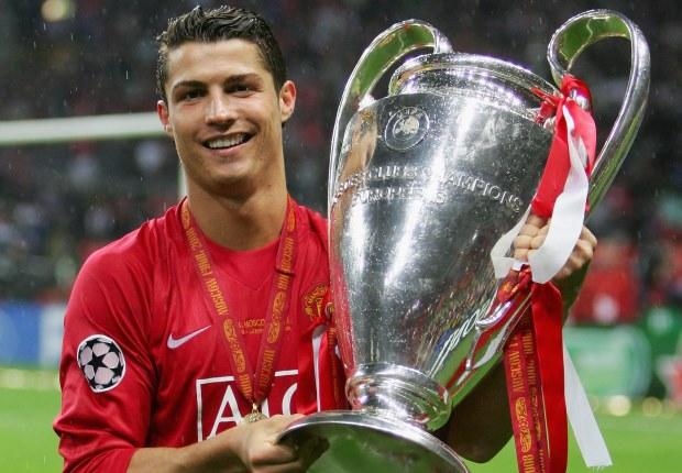 Ronaldo giành danh hiệu vô địch CL với Man Utd năm 2008.