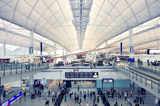 5. Sân bay quốc tế Hong Kong (Ảnh: magazine.border.co)
