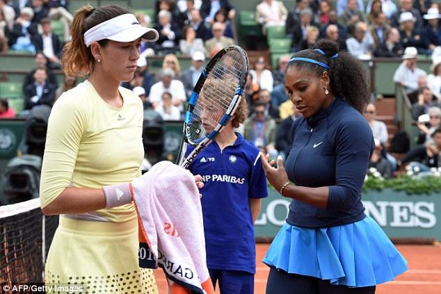Chung cuộc, Muguruza giành chiến thắng 2-0 trước Serena với các tỉ số 7-5 và 6-4. Ảnh: AFP/ Getty