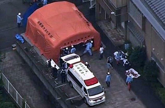 Theo thông tin ban đầu, có 15 người thiệt mạng, 4 người nguy kịch sau vụ tấn công bằng dao tại một cơ sở dành cho người tàn tật ở TP Sagamihara.