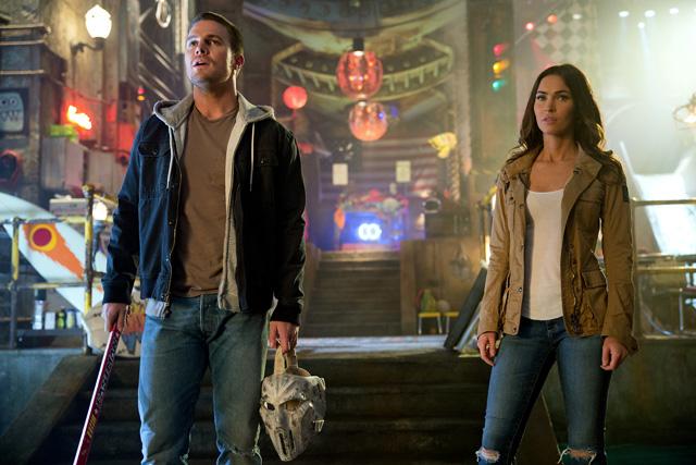 Megan Fox và Stephen Amell trong phần mới nhất về Ninja Rùa