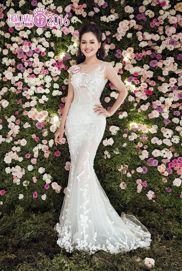 Người mặc trang phục dạ hội đẹp nhất Trần Thị Thu Hiền