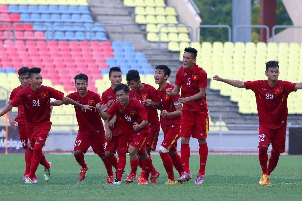 Niềm vui chiến thắng của các cầu thủ trẻ U21 Việt Nam. Ảnh: VFF