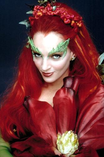 Poison Ivy là một trong những ác nữ nổi tiếng nhất mọi thời đại và Uma Thurman đã làm nên thành công tuyệt vời cho nhân vật này trong phim Batman và Robin.