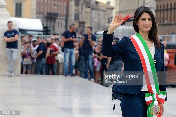 Bà Virginia Raggi, tân thị trưởng Rome, Italy.
