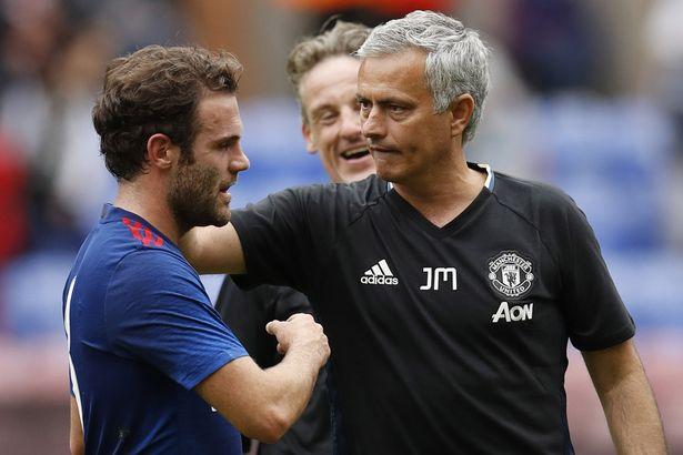 HLV Mourinho đảm bảo tương lai cho Mata tại Man Utd