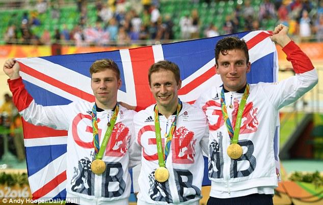 ĐT VQ Anh khẳng định được thế mạnh ở môn đua xe đạp lòng chảo