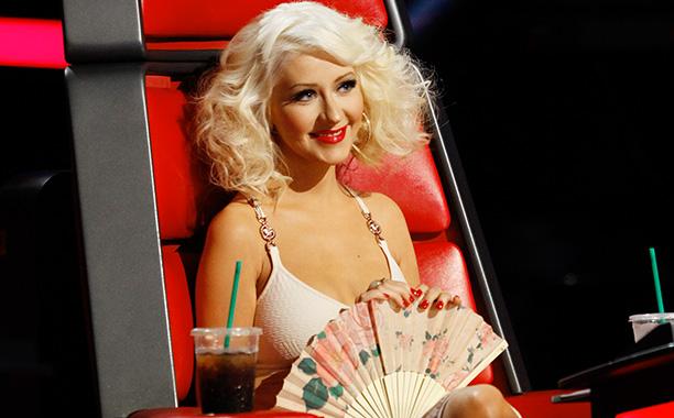 Nữ giám khảo Christina Aguilera