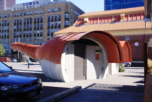 Nhà vệ sinh công cộng ở Wellington, New Zealand. Thiết kế: Studio Pacific Architecture.