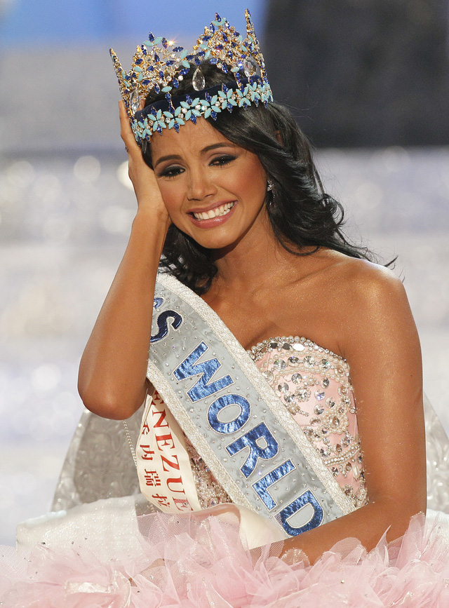 Hoa hậu Thế giới năm 2011 - Ivan Sarcos