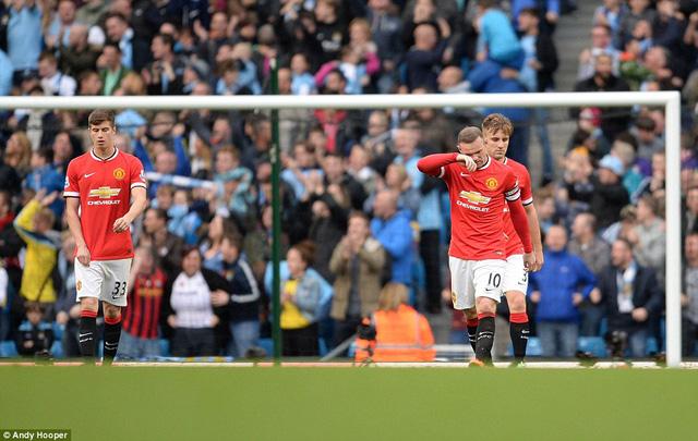 Rooney đang chưa thể hiện được vai trò thủ lĩnh thực sự của Man Utd.