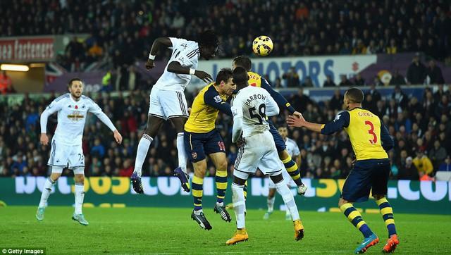 Những bàn thua của Arsenal chủ yếu đến từ những sai lầm từ hàng phòng ngự
