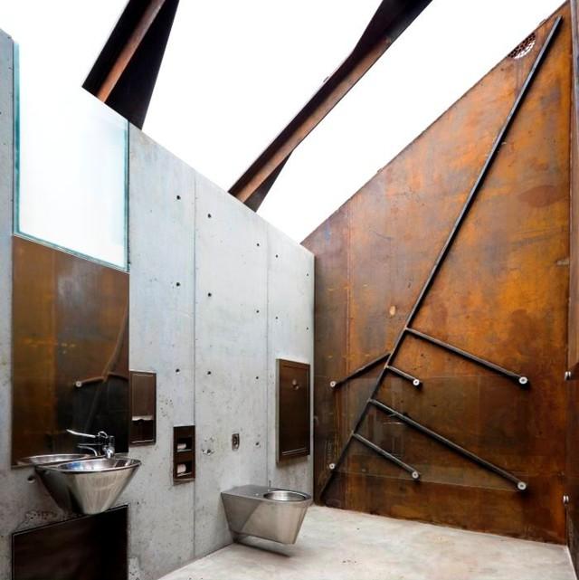 Nhà vệ sinh công cộng ở Lofoten, Na Uy. Thiết kế: Manthey Kula Architects.