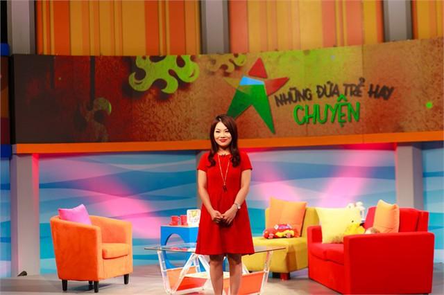 Bạch Dương là host của chương trình Những đứa trẻ hay chuyện